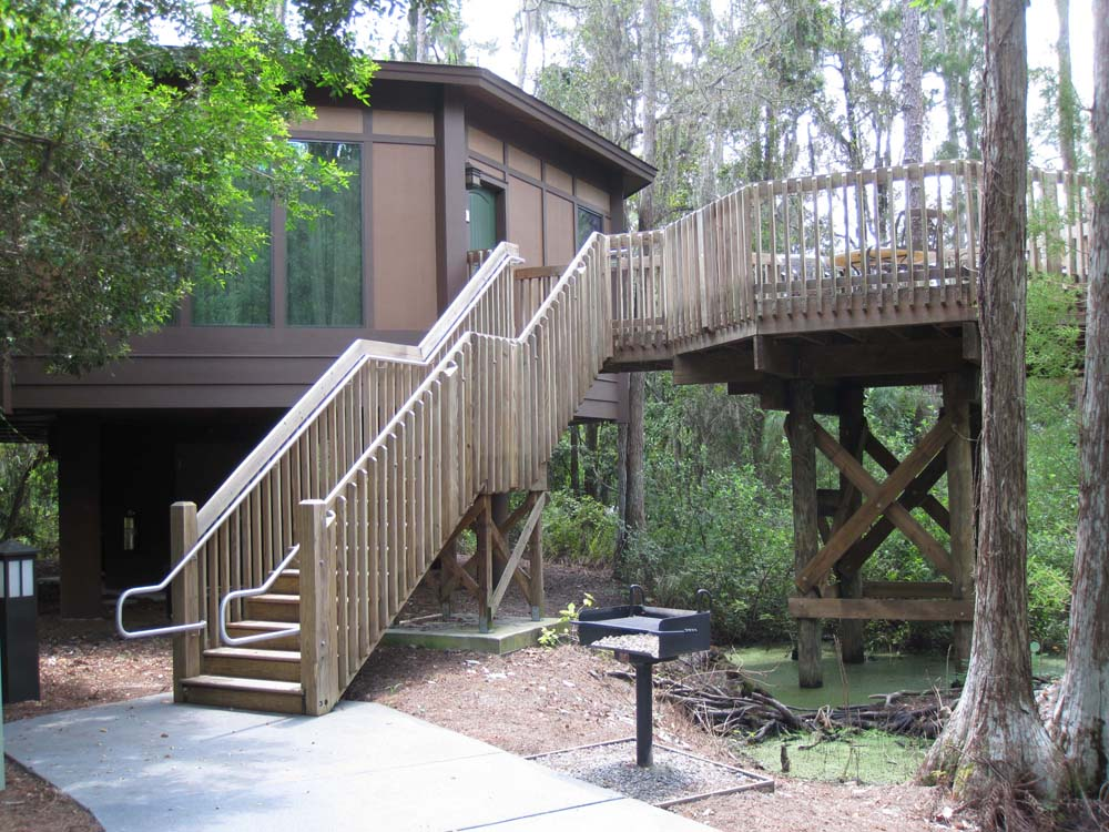 In The 90s Kelli And Her Family Would Always Dream About Staying In The  Treehouses When They Stayed At Disneyu0027s Dixie Landings (now Port Orleans  Resort ...
